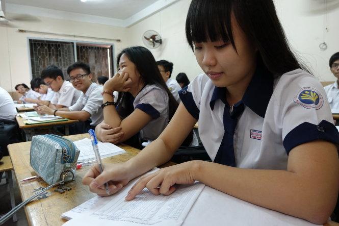Bộ GD-ĐT đã chính thức ban hành Quy chế Kỳ thi THPT quốc gia và Quy chế tuyển sinh ĐH, CĐ chính quy áp dụng cho năm 2015.