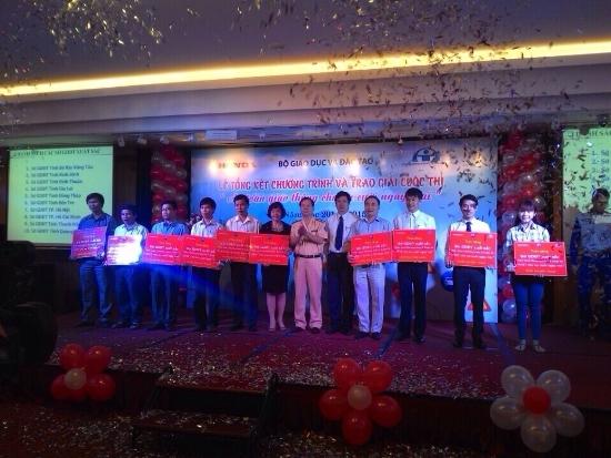 Thủ đô Hà Nội nhận giải Xuất sắc trong Cuộc thi ATGT cho nụ cười ngày mai
